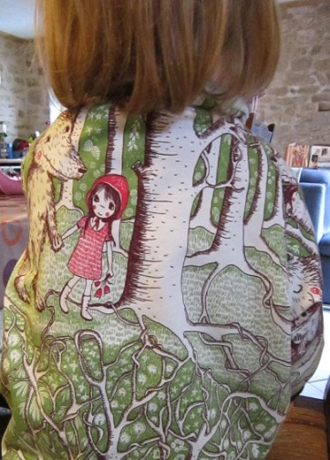 sweat-petit-chaperon-rouge-16