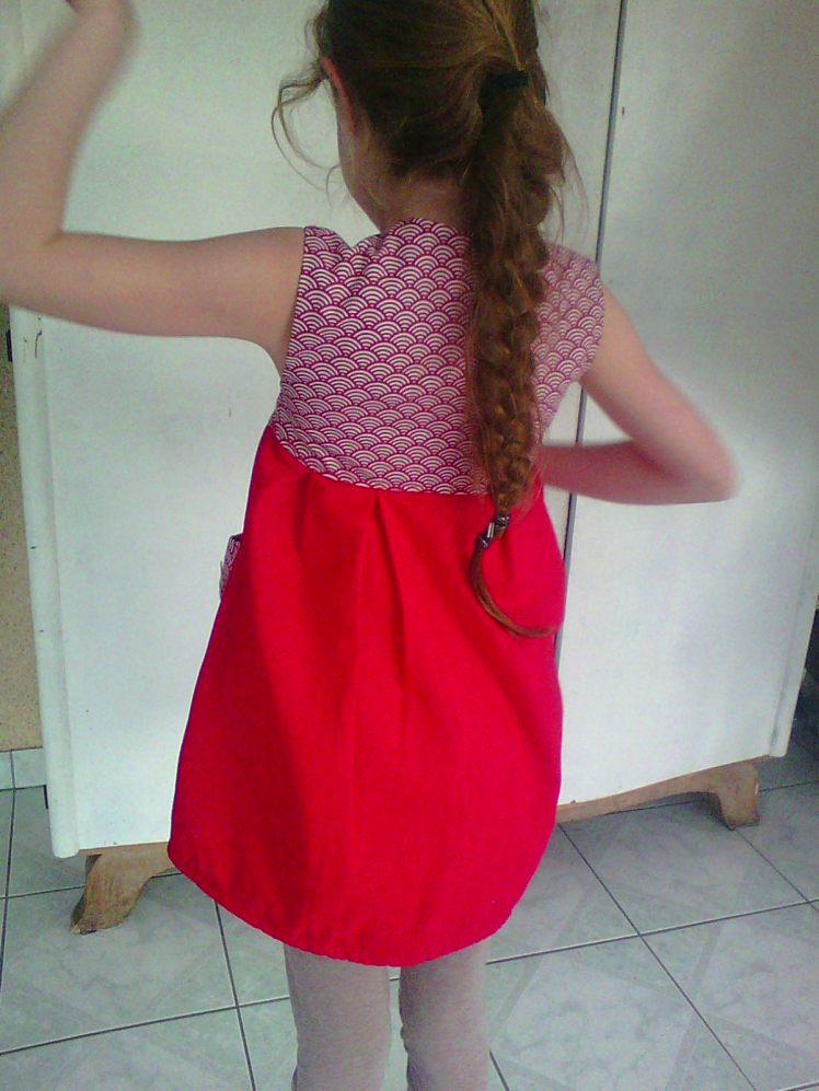 Robe rouge 000